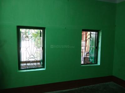 Gallery Cover Image of 700 Sq.ft 2 BHK Independent Floor for rent in Dum Dum for 6000