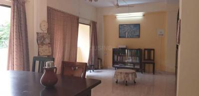 Gallery Cover Image of 800 Sq.ft 2 BHK Apartment for rent in Santacruz West for 75000