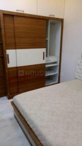 Gallery Cover Image of 800 Sq.ft 2 BHK Apartment for rent in Prabhadevi for 65000