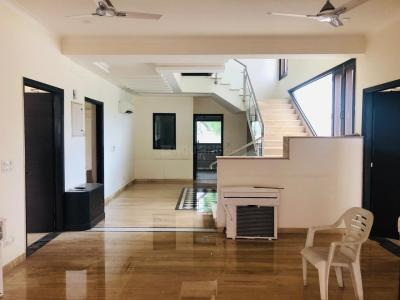 Gallery Cover Image of 7000 Sq.ft 6 BHK Independent House for rent in Sat Bari for 280000