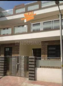Gallery Cover Image of 1000 Sq.ft 4 BHK Independent House for buy in Motia Heights, Dhakoli for 6200000
