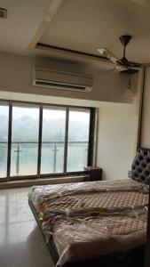 Gallery Cover Image of 1455 Sq.ft 3 BHK Apartment for rent in Satyam Springs, Govandi for 85000