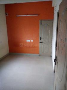 Gallery Cover Image of 900 Sq.ft 2 BHK Apartment for rent in Thandalam for 8000