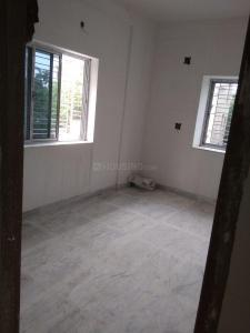 Gallery Cover Image of 900 Sq.ft 2 BHK Apartment for buy in Behala for 2800000