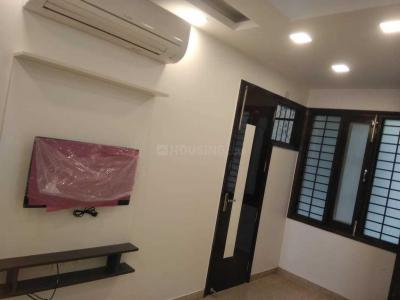 Gallery Cover Image of 720 Sq.ft 2 BHK Independent Floor for buy in Janakpuri for 10000000
