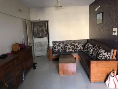 Gallery Cover Image of 1145 Sq.ft 2 BHK Apartment for rent in Magarpatta City for 28500
