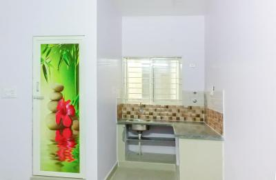Gallery Cover Image of 350 Sq.ft 1 RK Apartment for rent in Munnekollal for 11000