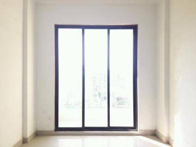 Gallery Cover Image of 640 Sq.ft 1 BHK Apartment for buy in Nandivali Gaon for 1985000