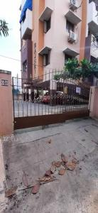 Gallery Cover Image of 1100 Sq.ft 2 BHK Apartment for rent in Rajsri, Madhanandapuram for 12000