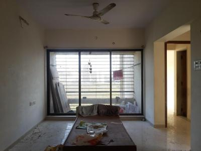 Gallery Cover Image of 995 Sq.ft 2 BHK Apartment for rent in Kandivali East for 25000