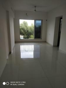 Gallery Cover Image of 850 Sq.ft 2 BHK Apartment for buy in Malad West for 14200000
