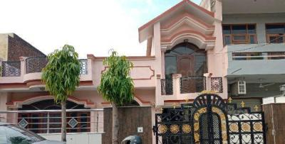 Gallery Cover Image of 1900 Sq.ft 3 BHK Independent House for rent in Sector 9 for 16000