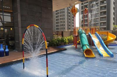 Gallery Cover Image of 2905 Sq.ft 4 BHK Apartment for rent in Bopal for 76000