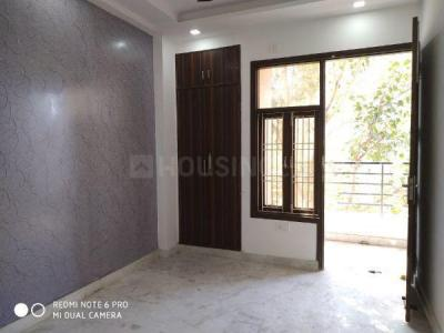 Gallery Cover Image of 950 Sq.ft 3 BHK Apartment for rent in Burari for 13000