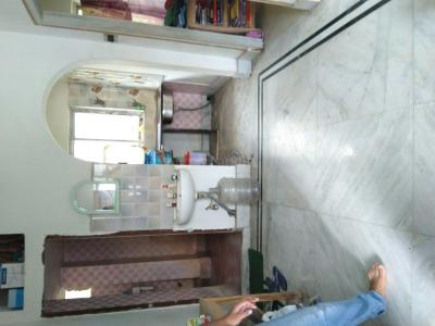 Gallery Cover Image of 730 Sq.ft 2 BHK Apartment for rent in South Dum Dum for 8000