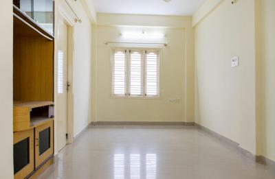 Gallery Cover Image of 1200 Sq.ft 2 BHK Apartment for rent in Munnekollal for 15050