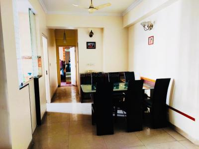 Gallery Cover Image of 1900 Sq.ft 3 BHK Apartment for rent in Vaibhav Khand for 24000