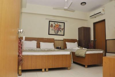 Bedroom Image of PG For Girls in Sant Nagar