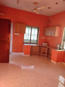 Gallery Cover Image of 650 Sq.ft 2 BHK Independent Floor for rent in Madhanandapuram for 10000