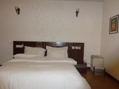 Gallery Cover Image of 2000 Sq.ft 2 BHK Independent Floor for rent in Jangpura for 80000