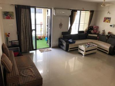 Gallery Cover Image of 1110 Sq.ft 2 BHK Apartment for rent in Wakad for 25000