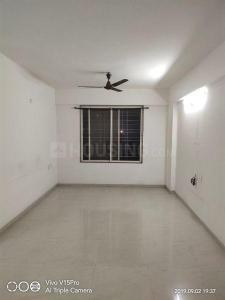 Gallery Cover Image of 1500 Sq.ft 3 BHK Apartment for rent in Narhe for 18000