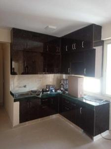 Gallery Cover Image of 600 Sq.ft 2 BHK Apartment for rent in Sector 82 for 8000