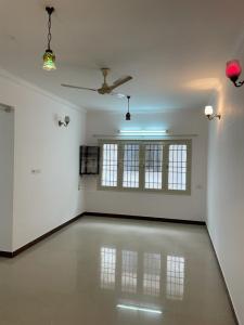 Gallery Cover Image of 1300 Sq.ft 2 BHK Apartment for buy in Vars Jacaranda Apartments, Kartik Nagar for 5500000