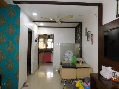 Gallery Cover Image of 840 Sq.ft 2 BHK Apartment for buy in Thane West for 12500000