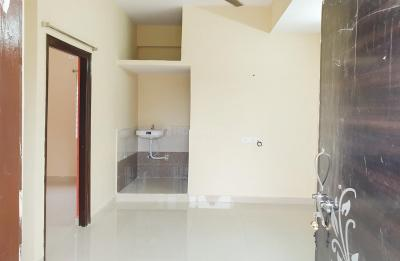 Gallery Cover Image of 350 Sq.ft 1 BHK Apartment for rent in Hafeezpet for 12000