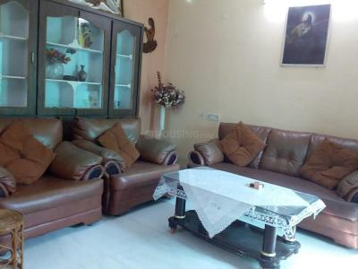 Gallery Cover Image of 1036 Sq.ft 2 BHK Apartment for rent in Malkajgiri for 20000
