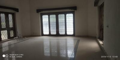 Gallery Cover Image of 2500 Sq.ft 3 BHK Apartment for buy in Saket for 23500000