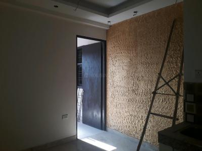 Gallery Cover Image of 445 Sq.ft 1 BHK Apartment for buy in Sector 75 for 1700000