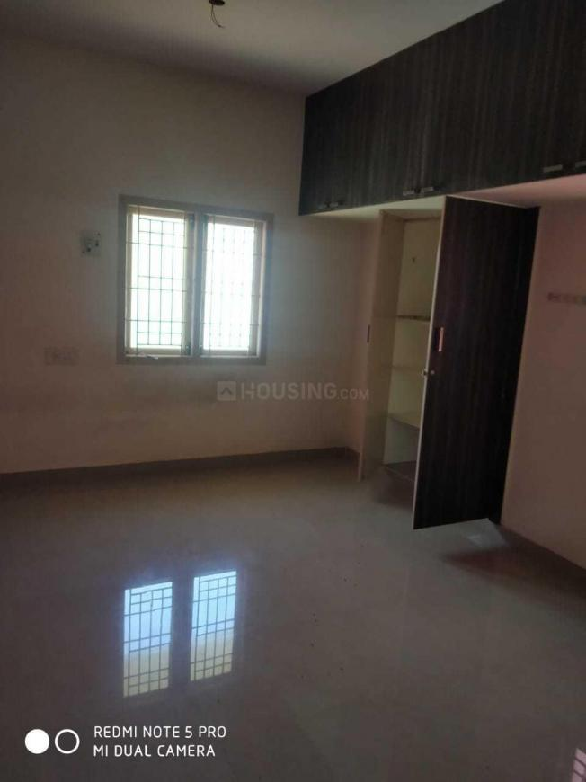 Bedroom Image of 1040 Sq.ft 2 BHK Apartment for rent in Kolathur for 12000