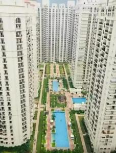 Gallery Cover Image of 2850 Sq.ft 4 BHK Apartment for buy in DLF Capital Greens, Karampura for 42500000
