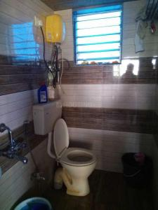 Bathroom Image of PG 4271488 Kandivali West in Kandivali West