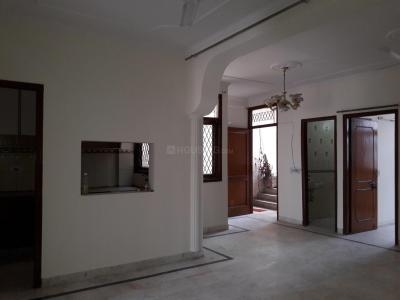 Gallery Cover Image of 1100 Sq.ft 3 BHK Apartment for rent in Said-Ul-Ajaib for 20000