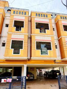 Gallery Cover Image of 938 Sq.ft 2 BHK Apartment for buy in Velachery for 4800000