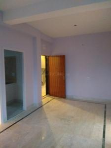 Gallery Cover Image of 1100 Sq.ft 3 BHK Apartment for rent in Nayabad for 12000