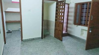 Gallery Cover Image of 800 Sq.ft 2 BHK Independent Floor for rent in Yeshwantpura for 9000