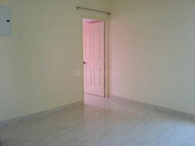 Gallery Cover Image of 600 Sq.ft 1 BHK Independent House for rent in Nangainallur for 9000