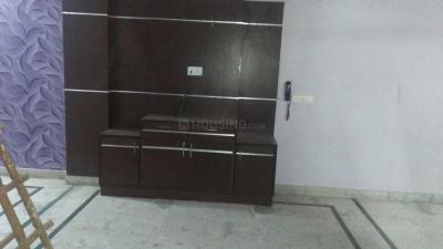 Gallery Cover Image of 1000 Sq.ft 2 BHK Independent Floor for rent in Preet Vihar for 20000