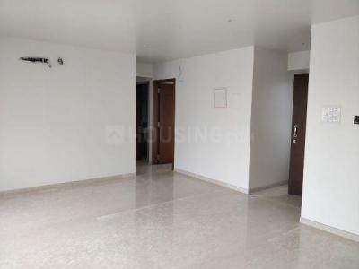 Gallery Cover Image of 2000 Sq.ft 3 BHK Apartment for buy in Khar West for 55000000