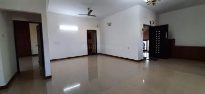 Gallery Cover Image of 2610 Sq.ft 3 BHK Apartment for buy in Besant Nagar for 39000000
