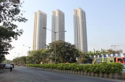 Gallery Cover Image of 1000 Sq.ft 2 BHK Apartment for rent in Malad West for 60000