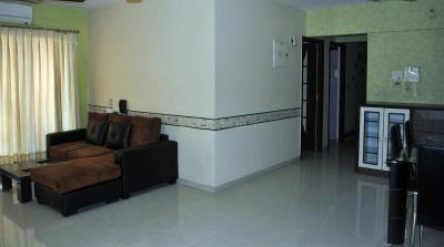 Gallery Cover Image of 1200 Sq.ft 2 BHK Apartment for rent in Goregaon East for 50000