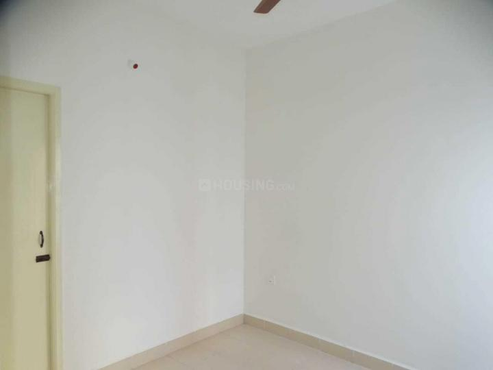 Living Room Image of 635 Sq.ft 2 BHK Apartment for rent in Mevalurkuppam for 8000