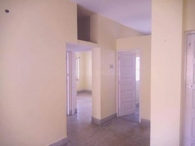 Gallery Cover Image of 680 Sq.ft 2 BHK Apartment for buy in Bangur Avenue for 3500000