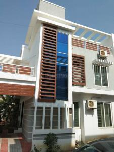 Gallery Cover Image of 1700 Sq.ft 3 BHK Independent House for rent in Sithalapakkam for 21000