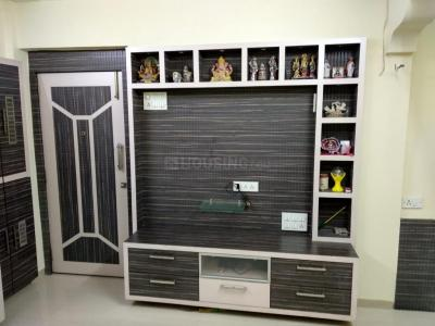 Gallery Cover Image of 1800 Sq.ft 4 BHK Apartment for rent in Thane West for 50000